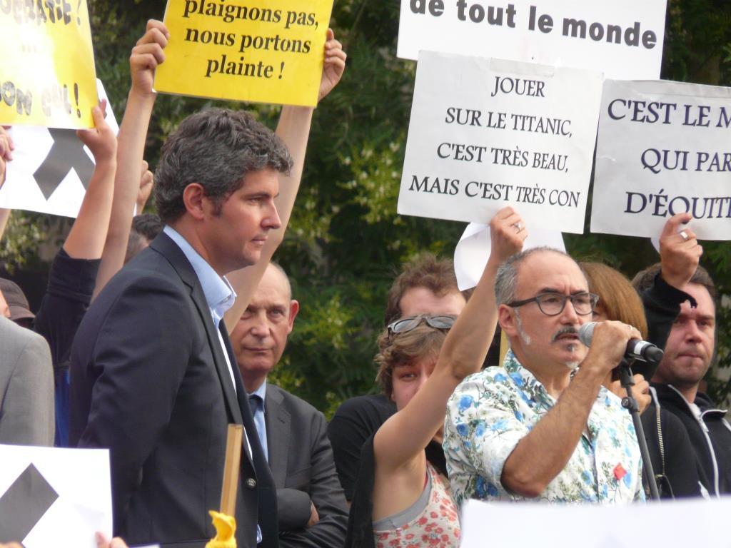 Gilles Platret, maire de Chalon-sur-Saône, et Pedro Garcia, directeur du festival Chalon dans la rue